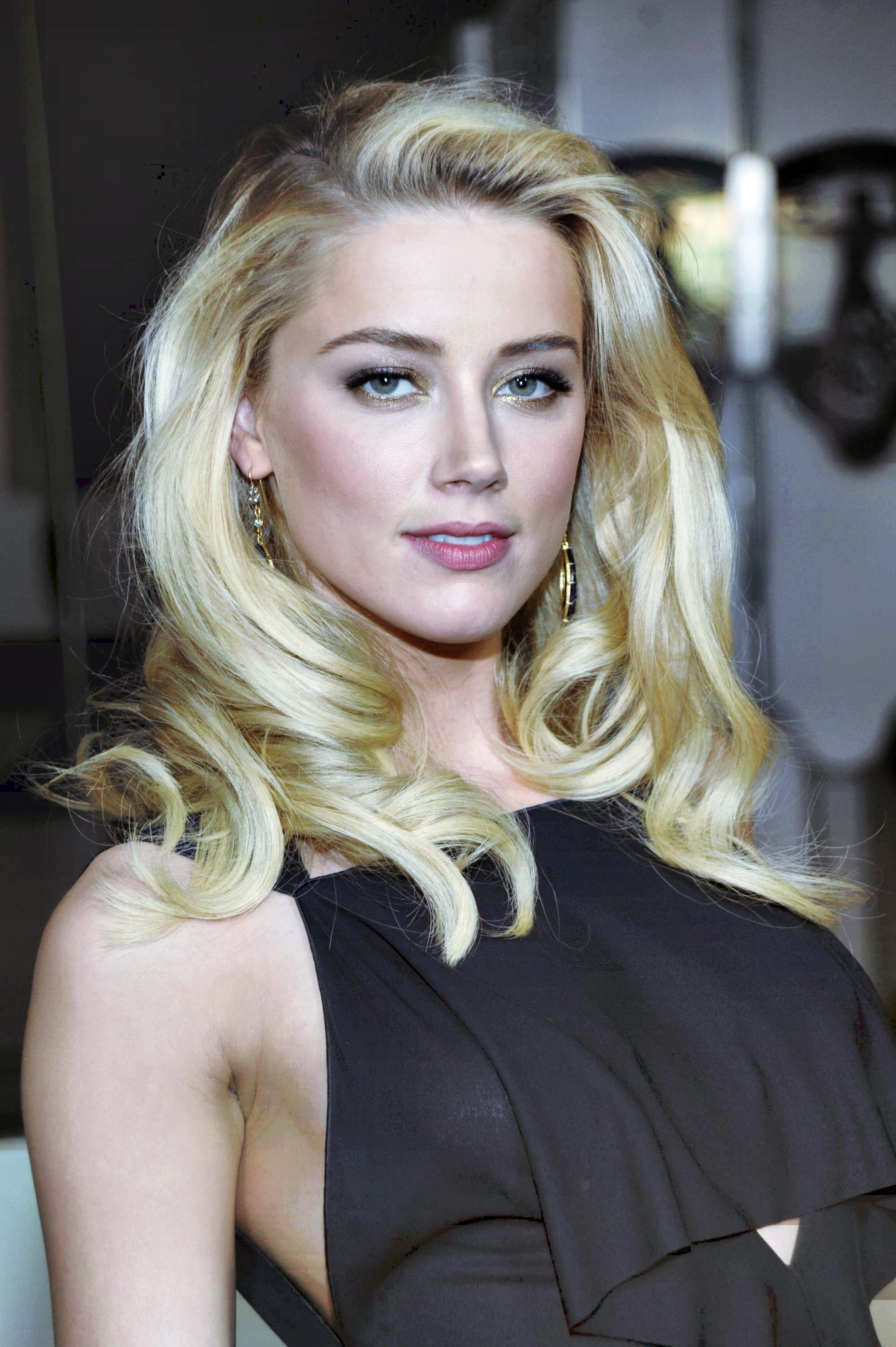 Amber Heard | Known pe... Amber Heard