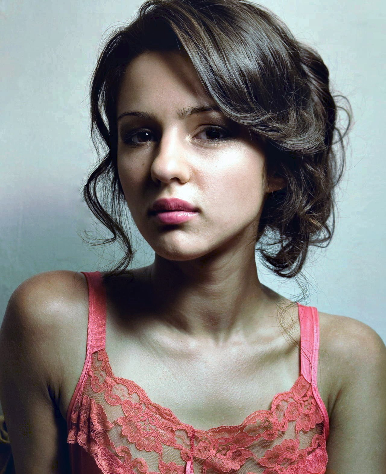 Annet Mahendru | Known people - famous people news and ...