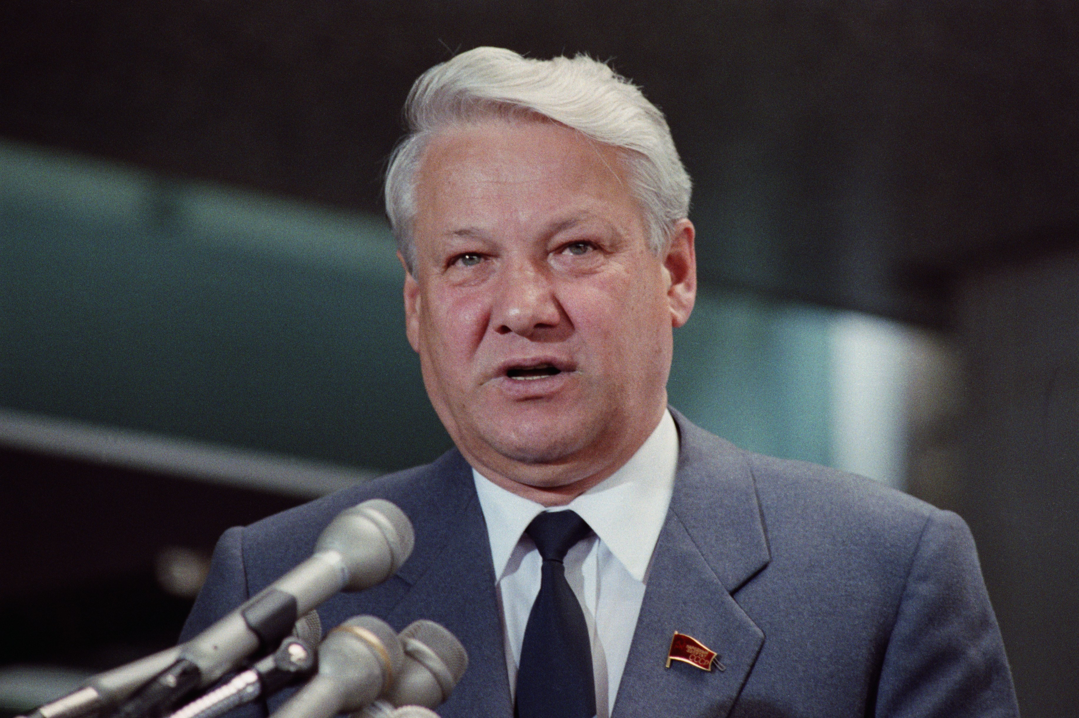 an introduction to the life of boris yeltsin 7 alleged alcoholism 8 life after resignation 9 death  boris yeltsin's legacy  will be forever linked to the bold actions that he took in late.