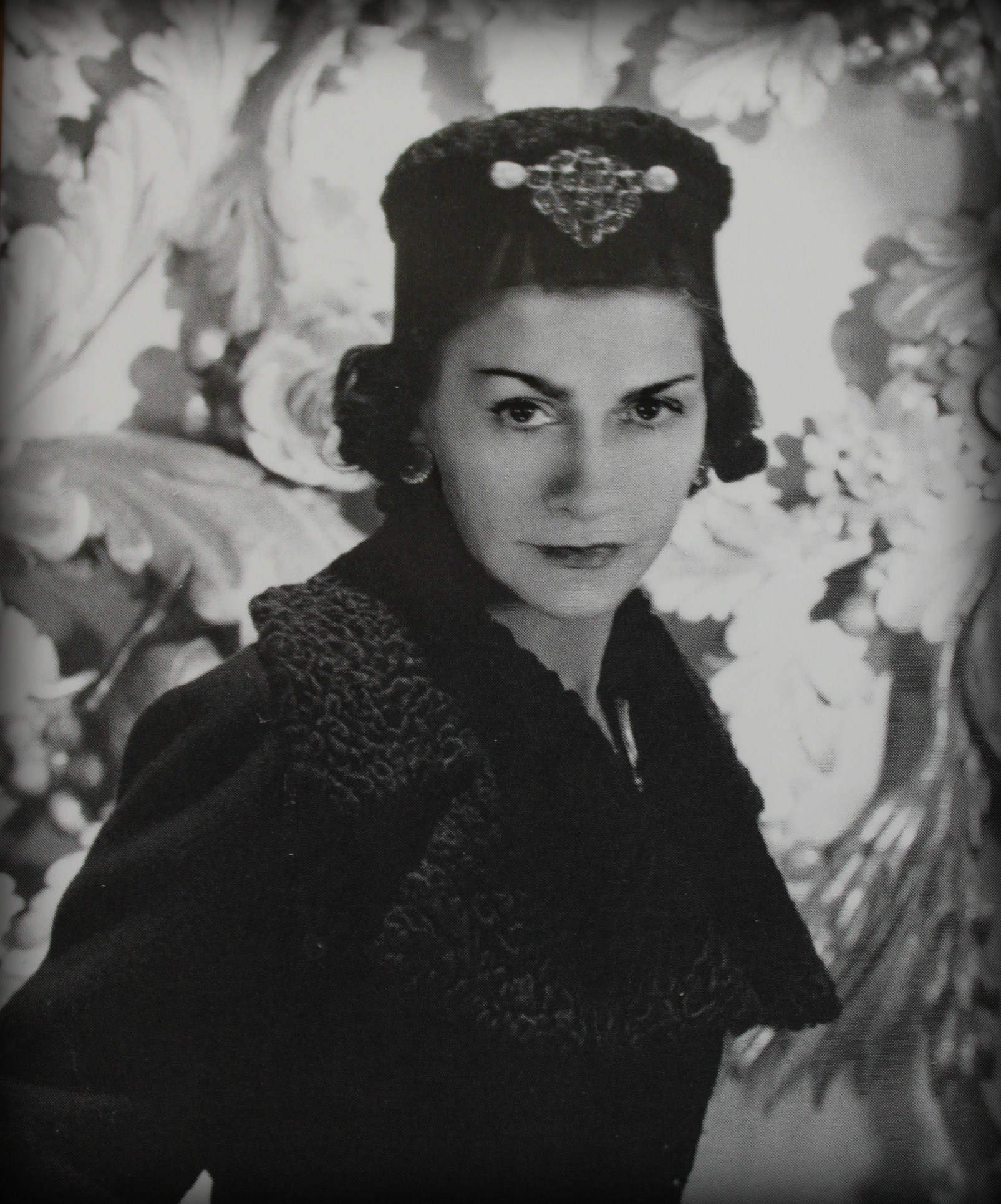 coco chanel known people famous people news and biographies. Black Bedroom Furniture Sets. Home Design Ideas
