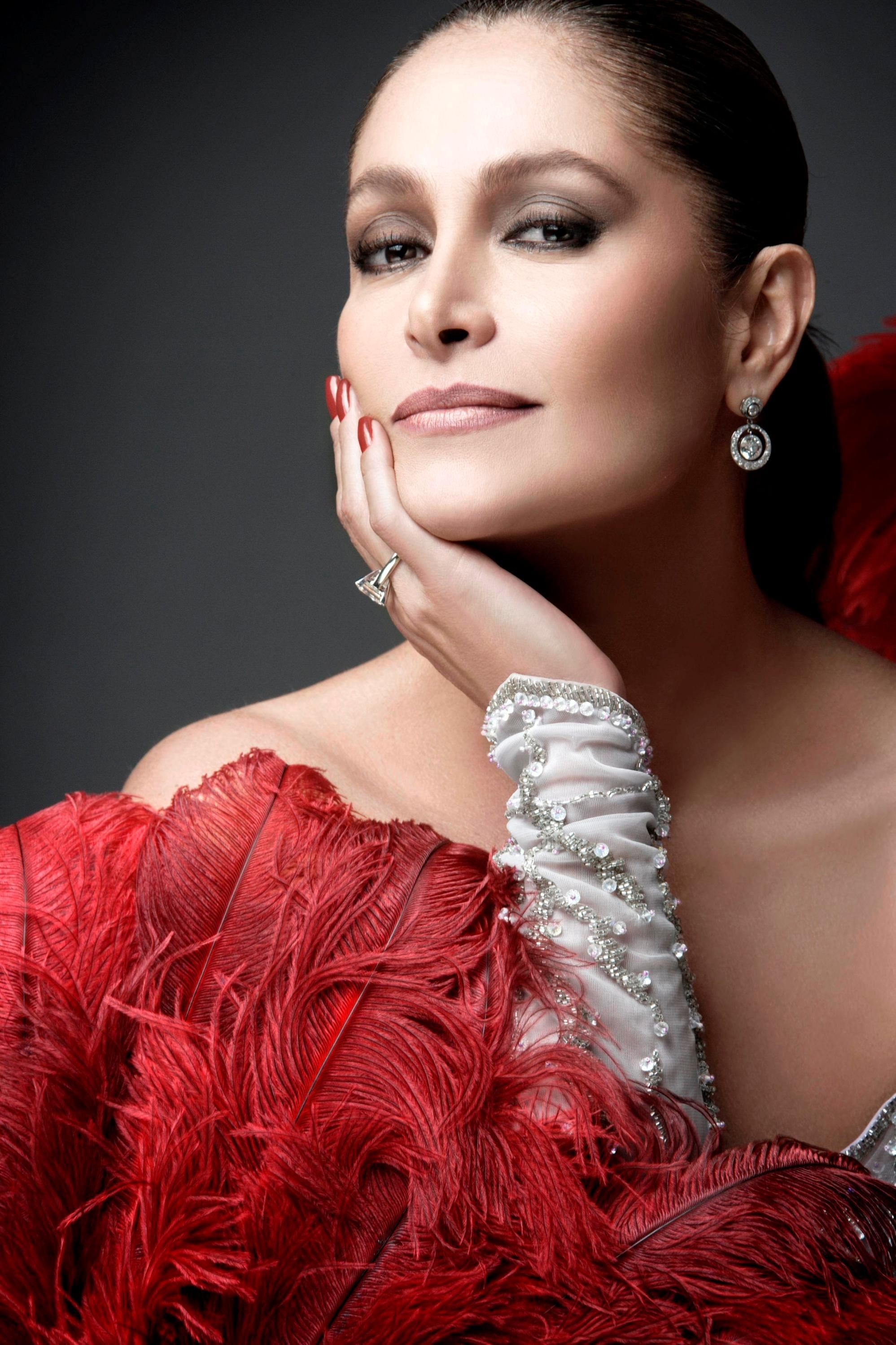 Daniela Romo   Known people - famous people news and ...