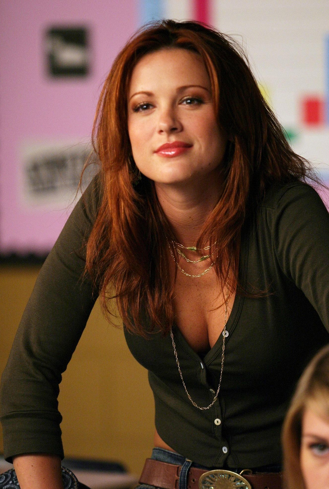 Danneel Ackles | Known people - famous people news and ...