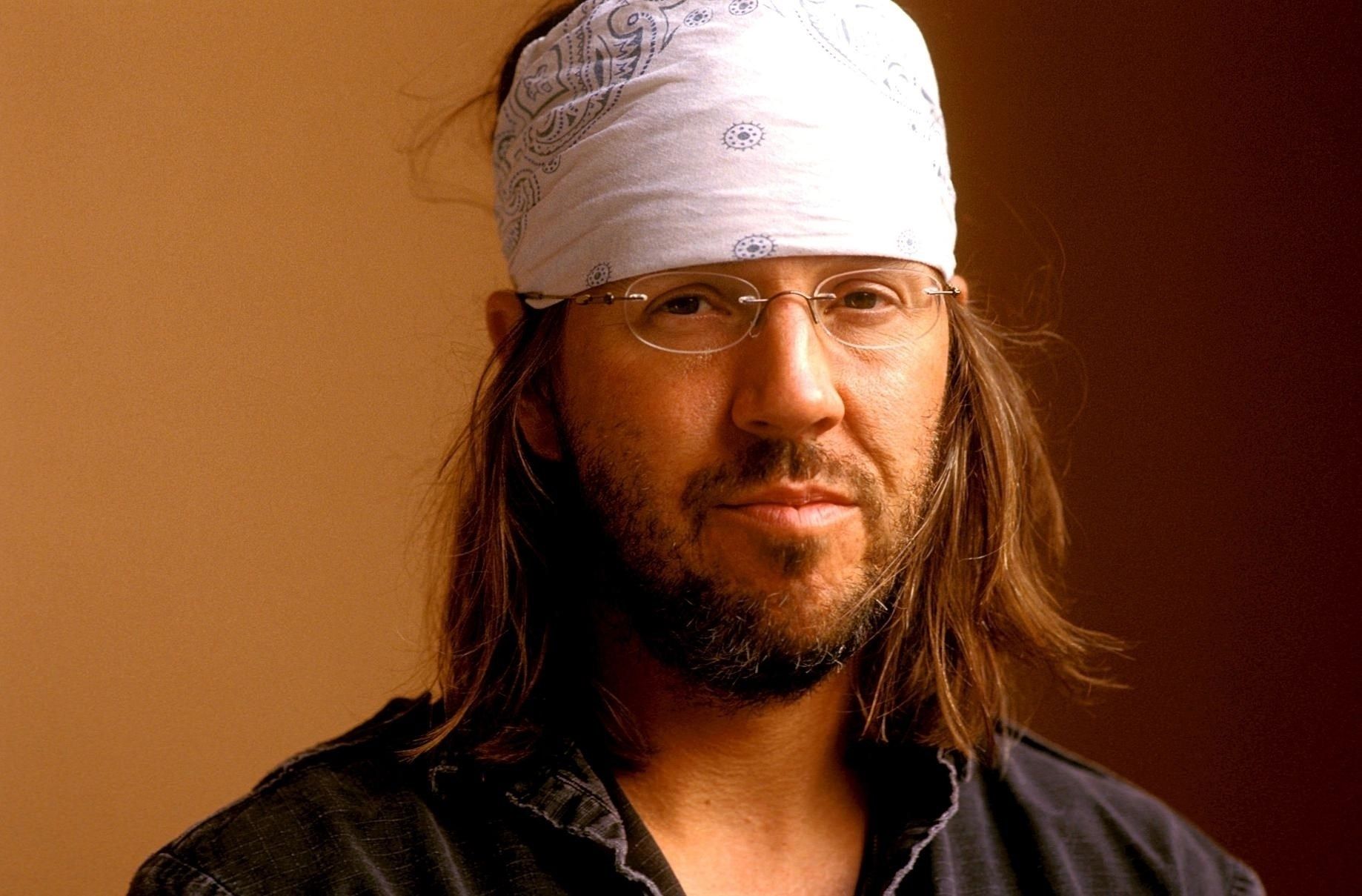 this is water essay by david foster wallace I recently stumbled across american writer, david foster wallace, through his 2005 essay and commencement address, this is water said by some as the greatest commencement address of all time, this is water does not contain the usual platitude clichés which are all-to-often woven into other commencement addresses.