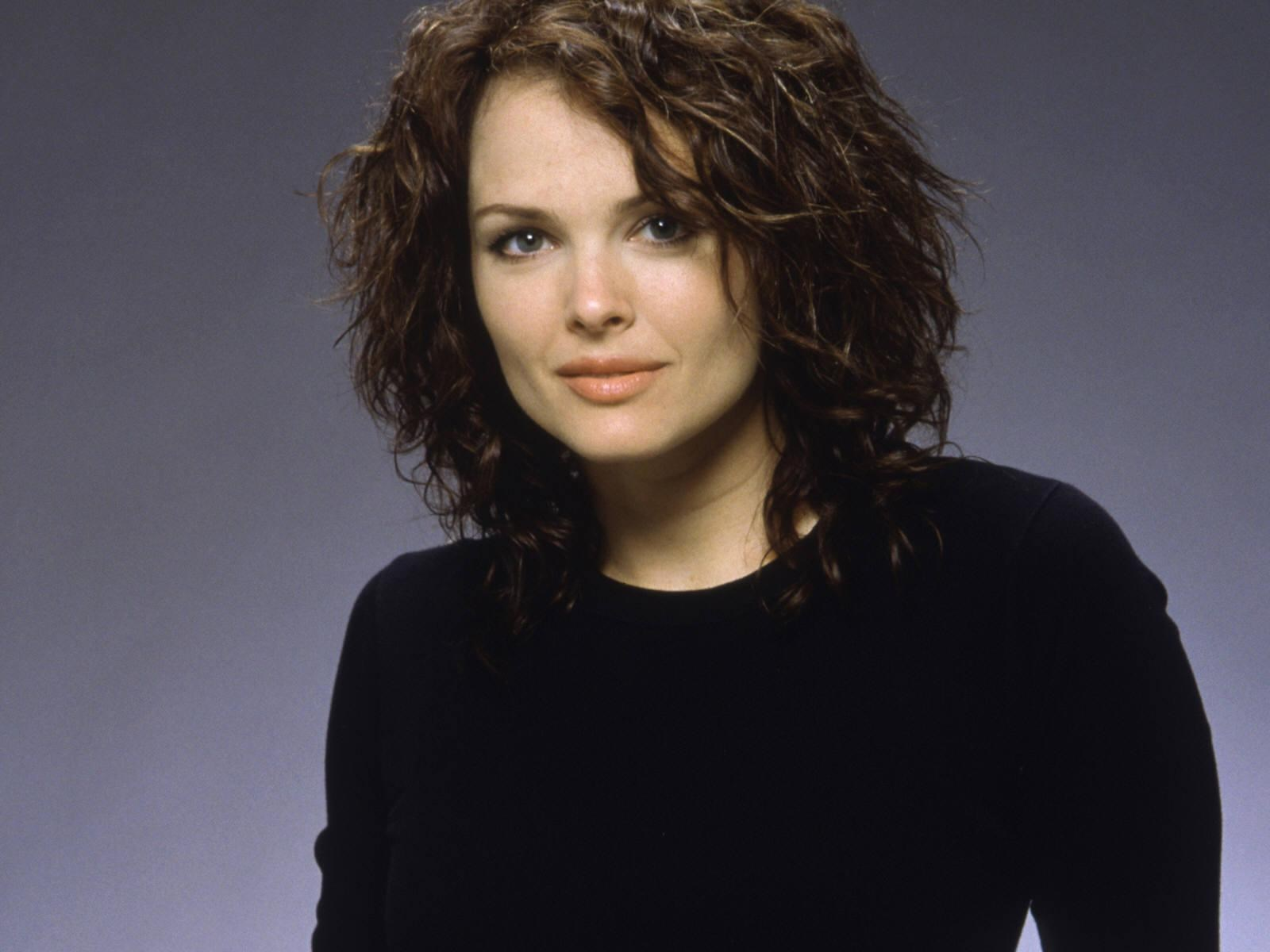 dina meyer photos