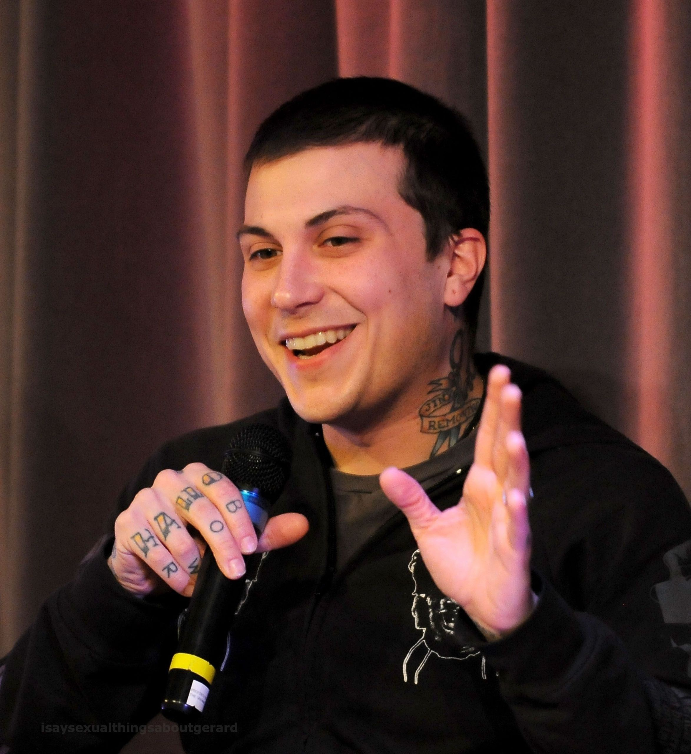 Frank iero known people famous people news and biographies for Www frank