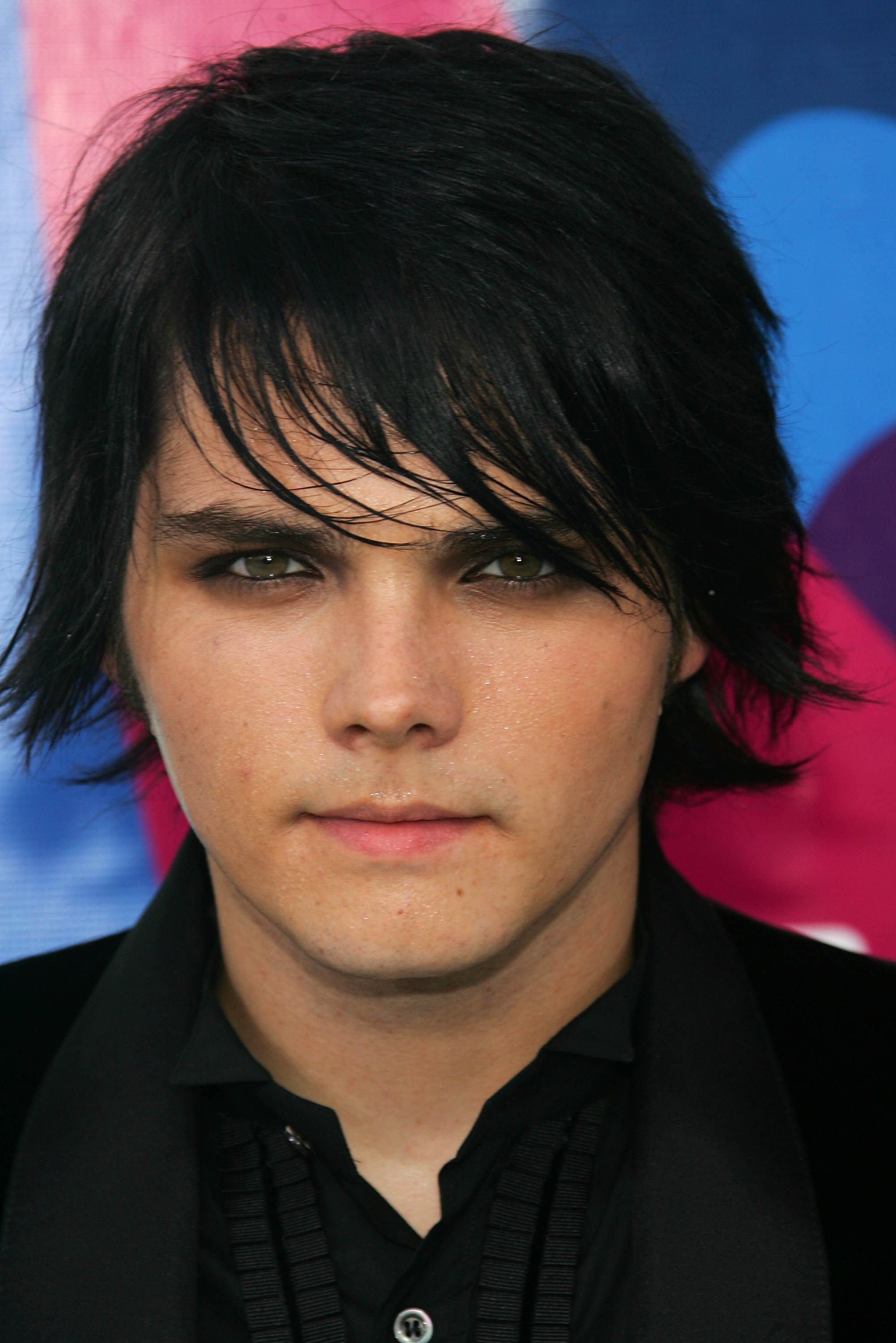 Gerard Way   Known people - famous people news and biographies