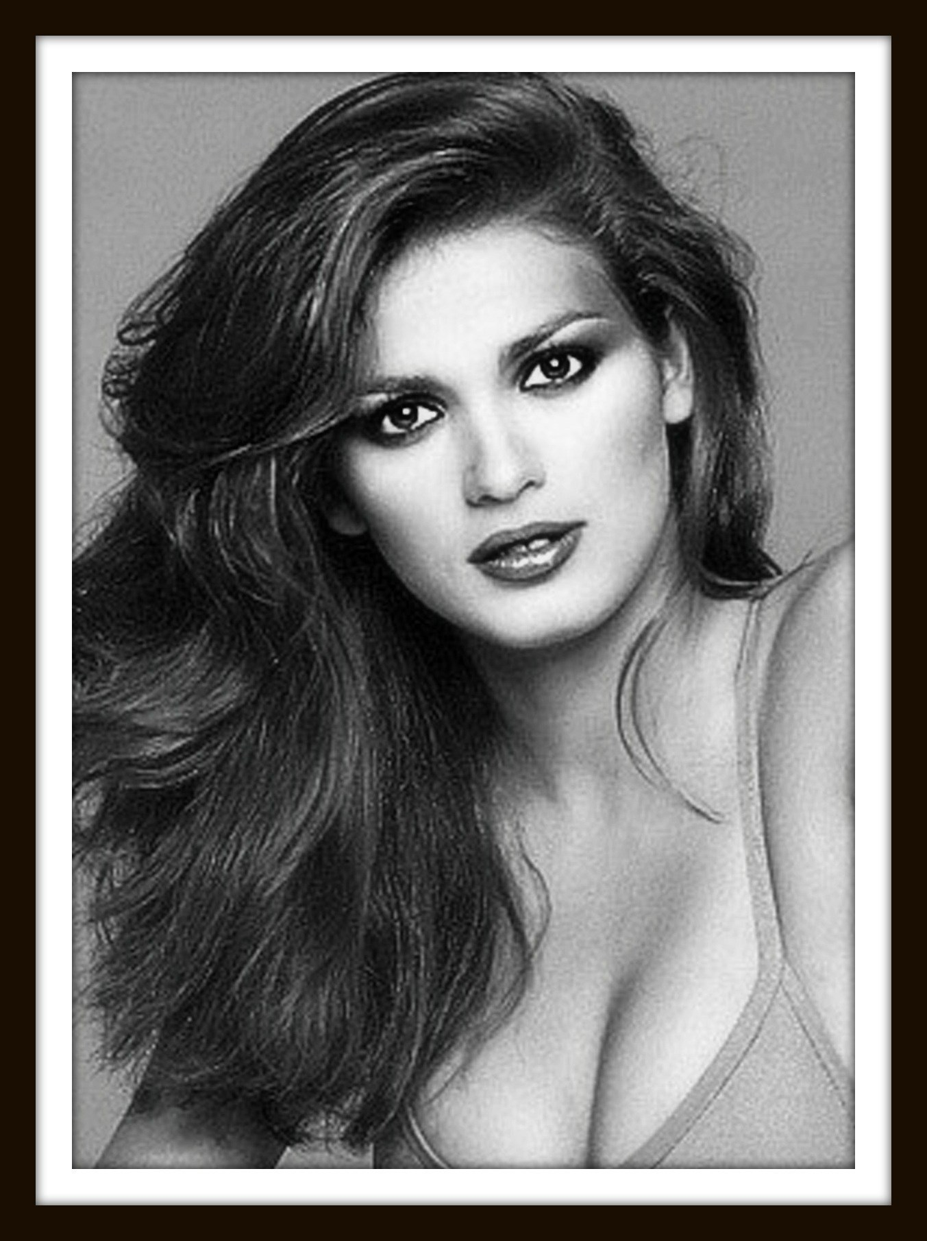 related pictures gia carangi - photo #12