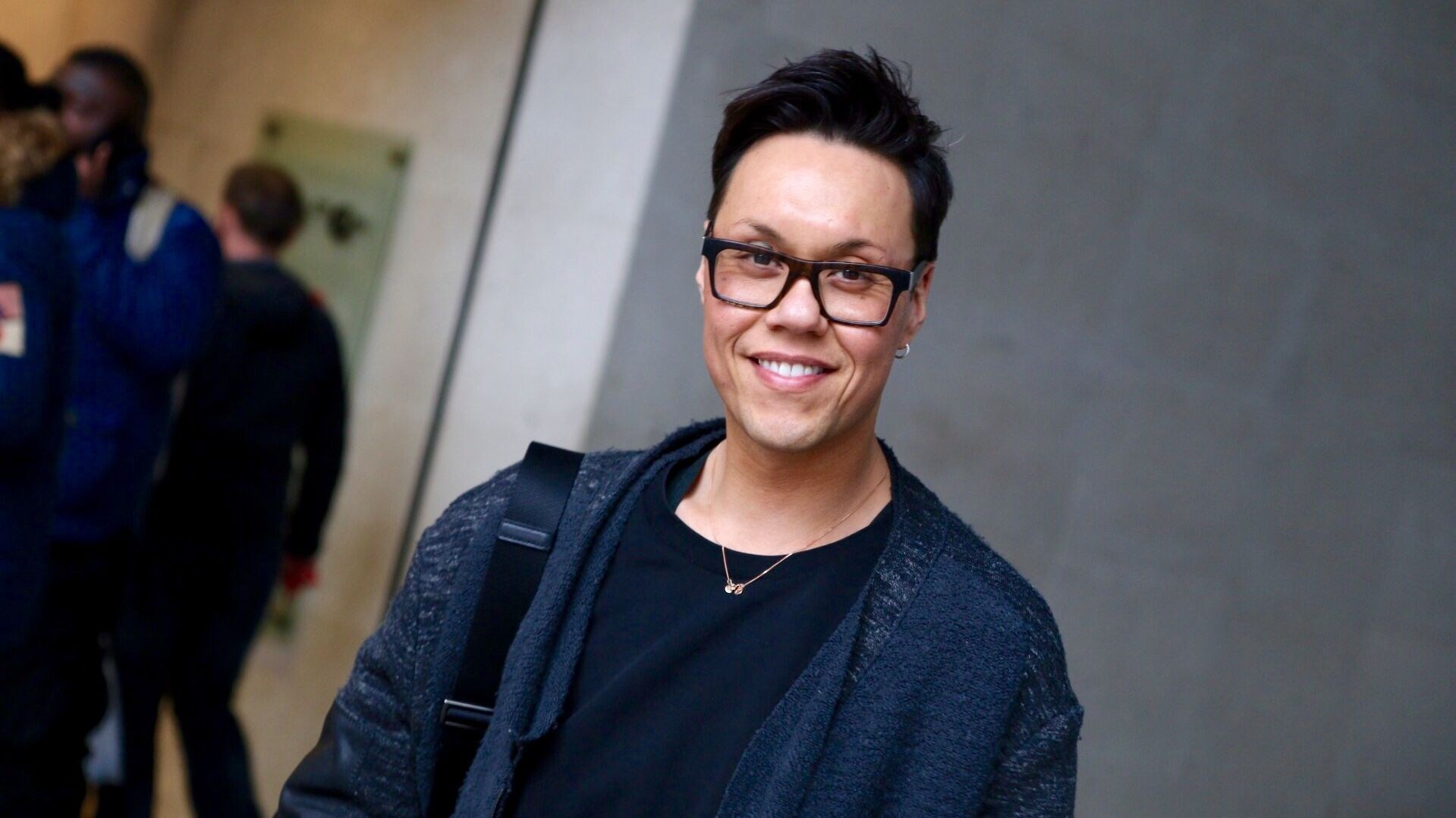Welcome to the official Gok Wan website m 51