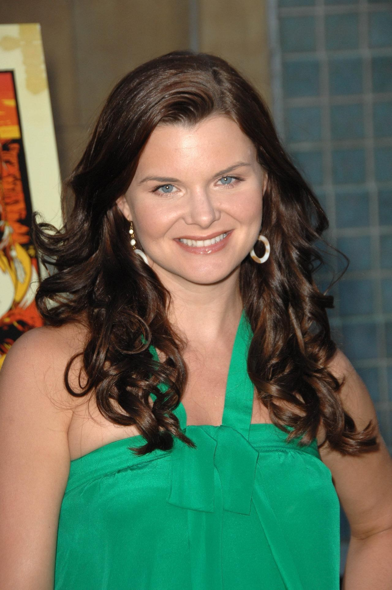 Heather Tom Nude Photos 17
