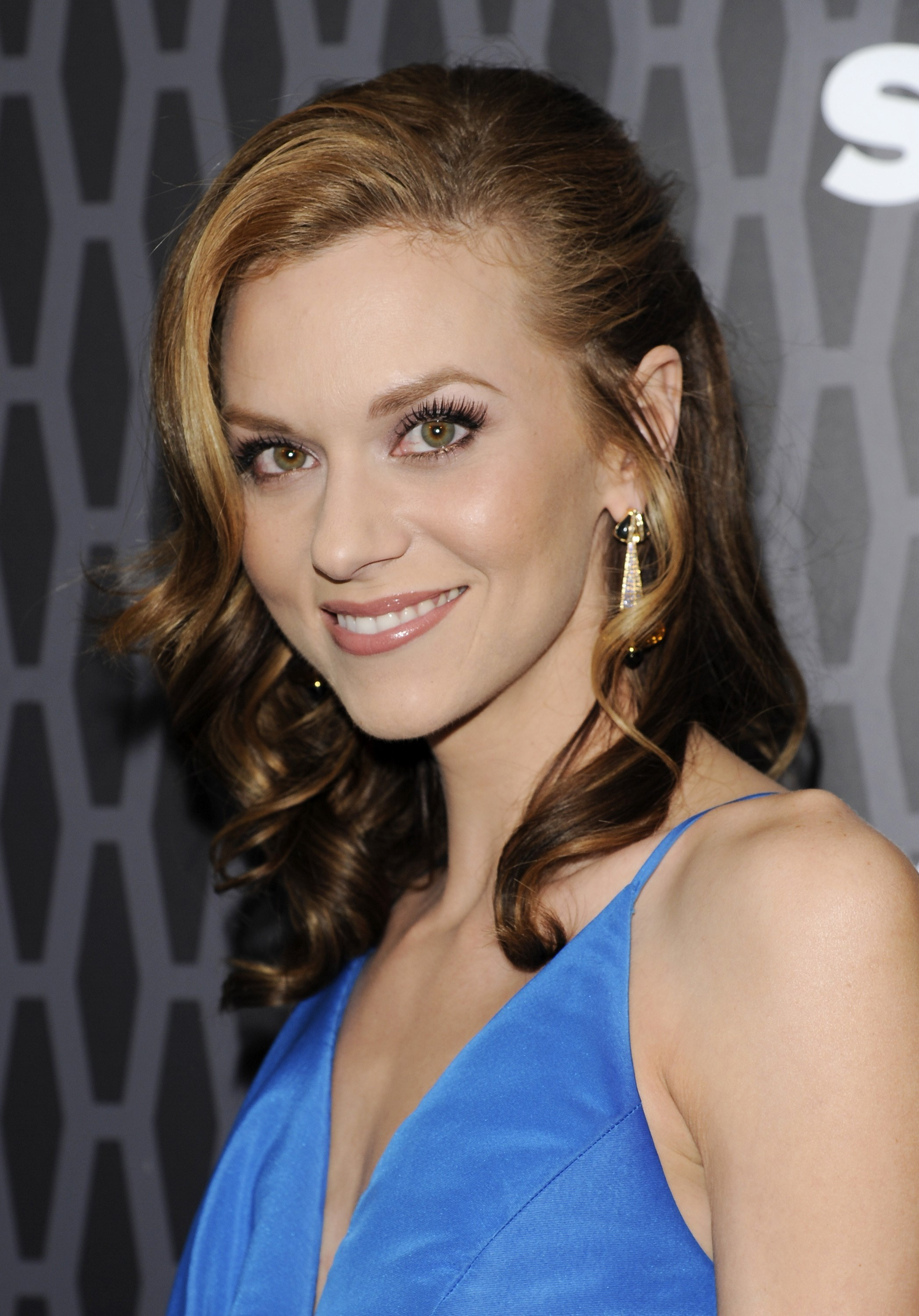 Hilarie Burton | Known people - famous people news and ... Hilarie Burton