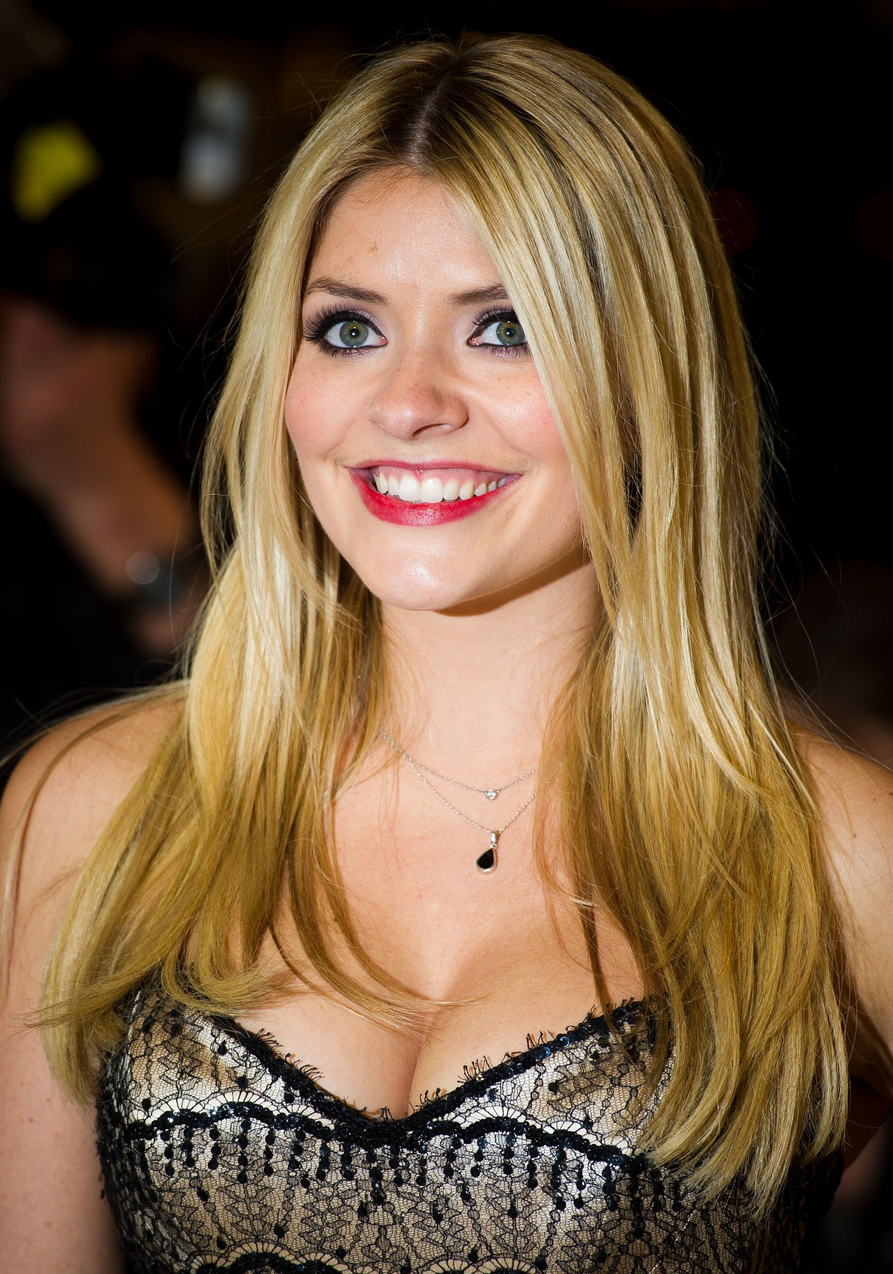 Holly Willoughby Nude Photos 2