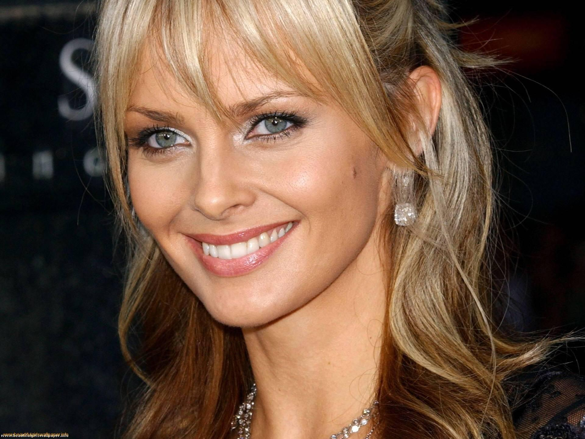 Izabella Scorupco | Known people - famous people news and ...
