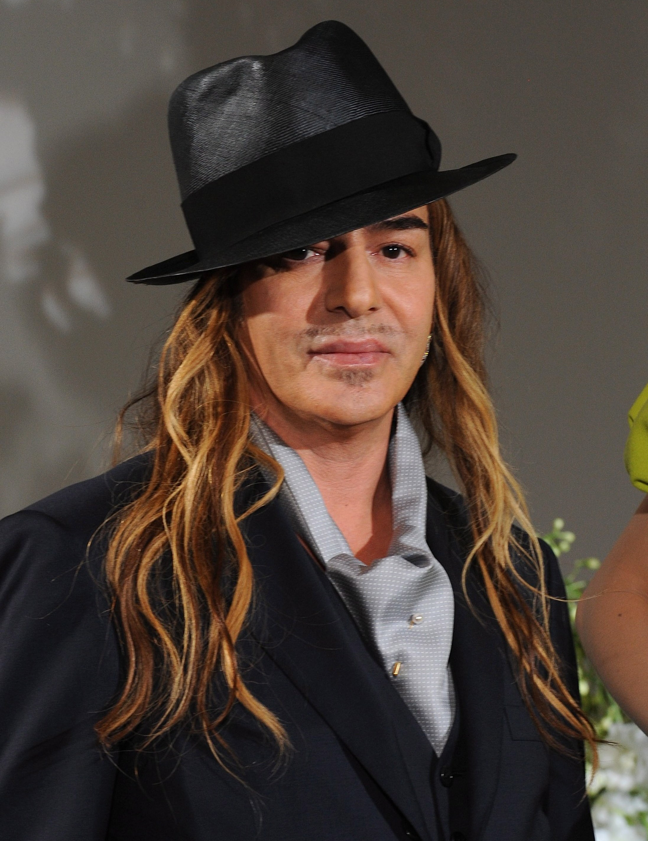 John Galliano: 'I Love Hitler' (VIDEO)