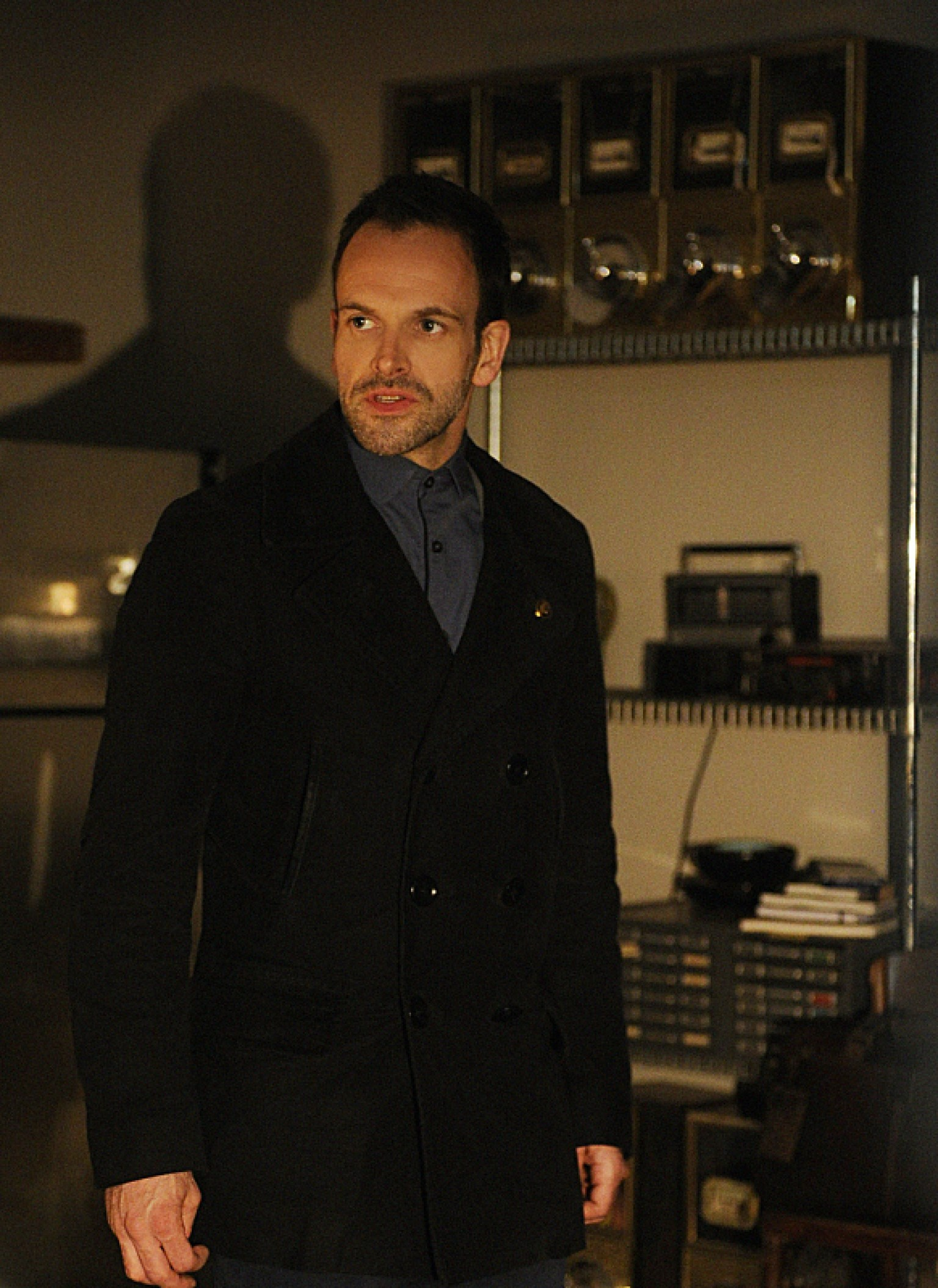 Jonny Lee Miller Known People Famous People News And