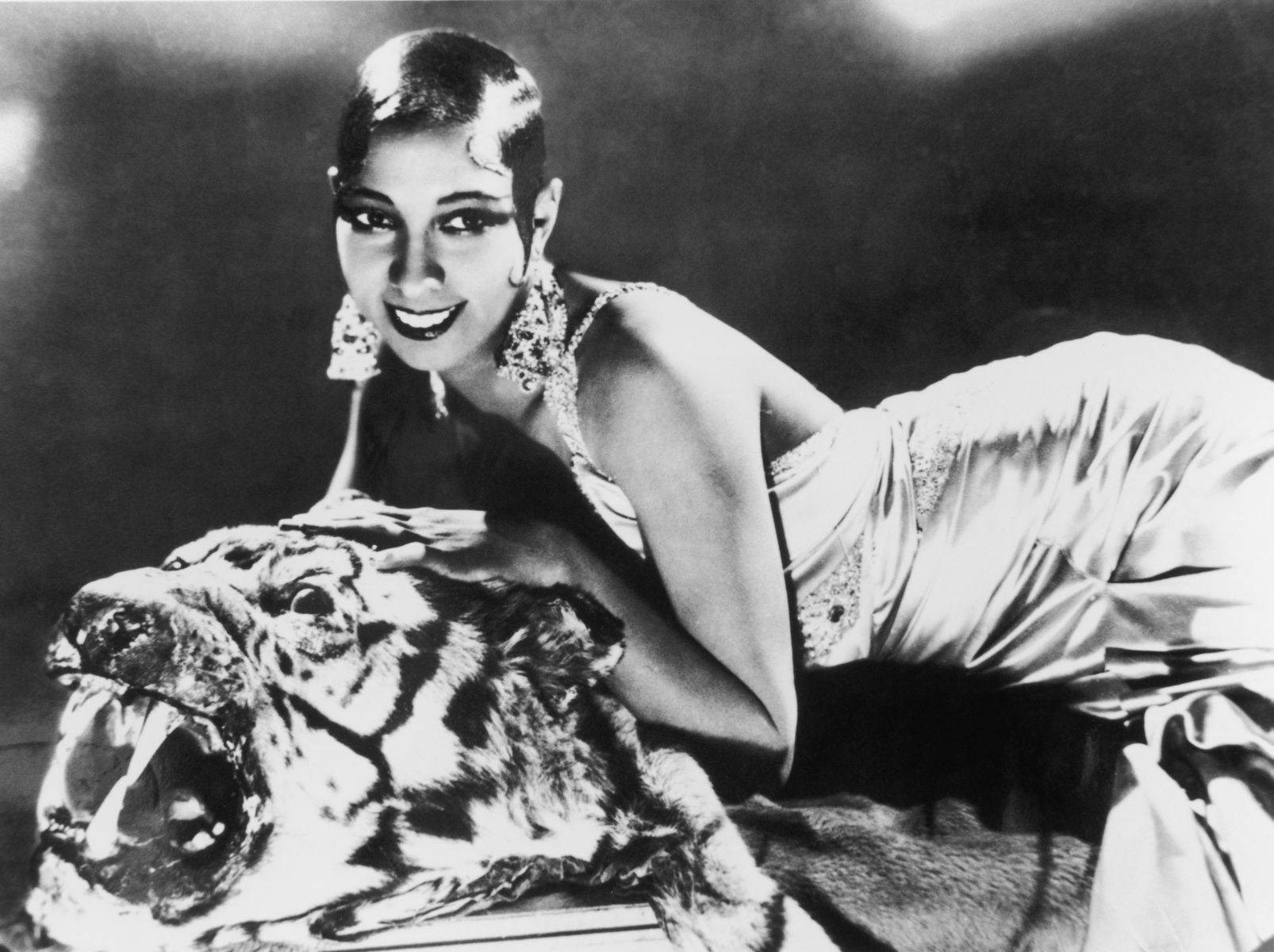 Josephine baker known people famous people news and for Josephine baker images