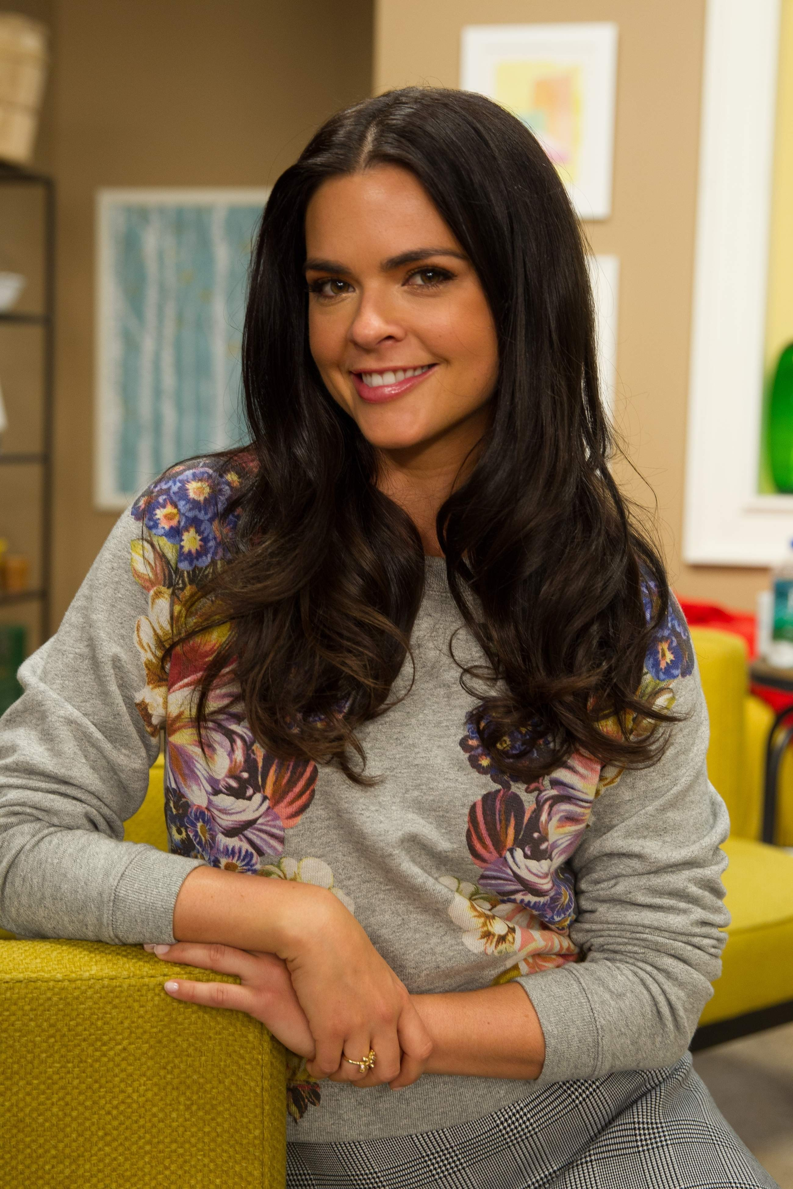 katie lee known people famous people news and biographies. Black Bedroom Furniture Sets. Home Design Ideas