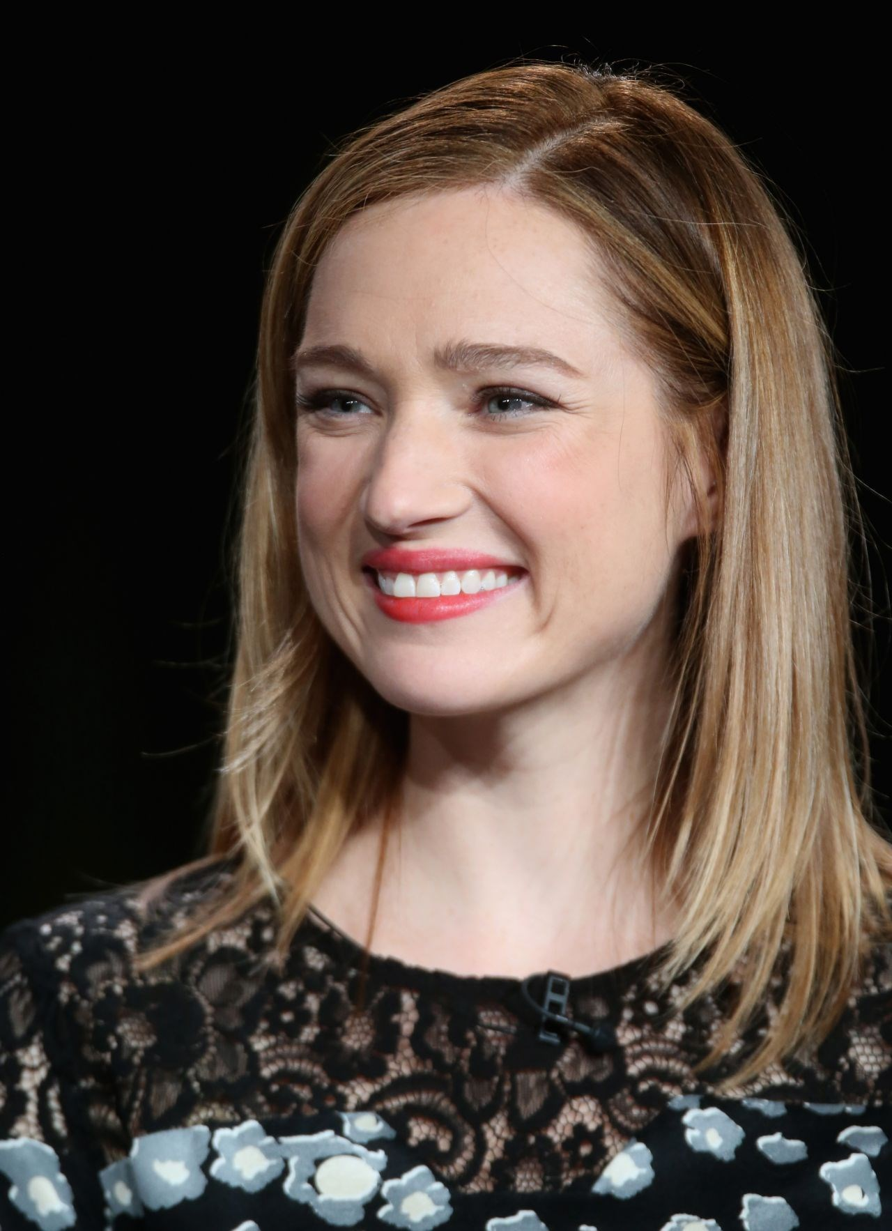 Kristen Connolly   Known people - famous people news and ...