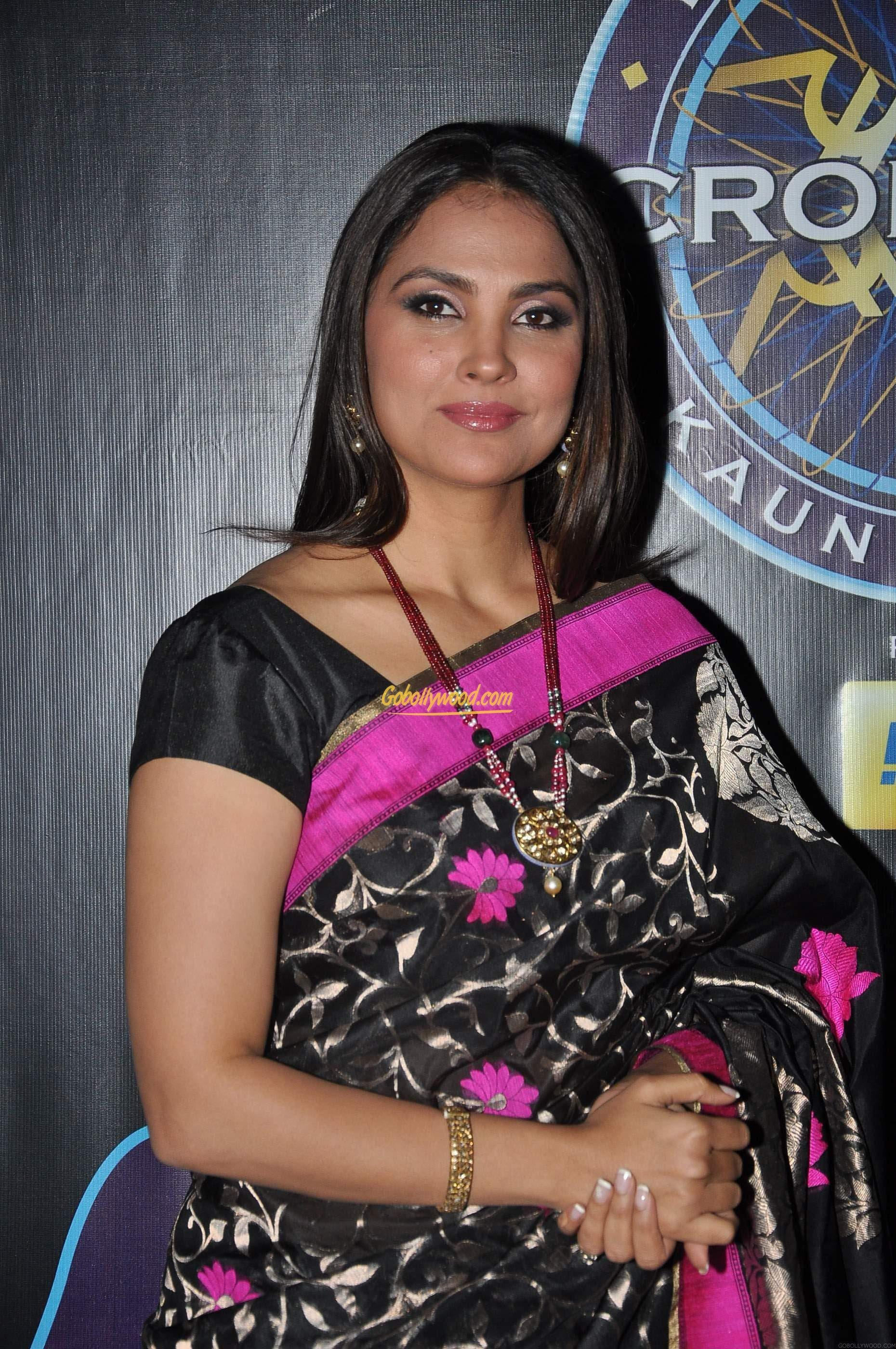 United Checked Baggage Fees Lara Dutta Lara Dutta Known People Famous People News And