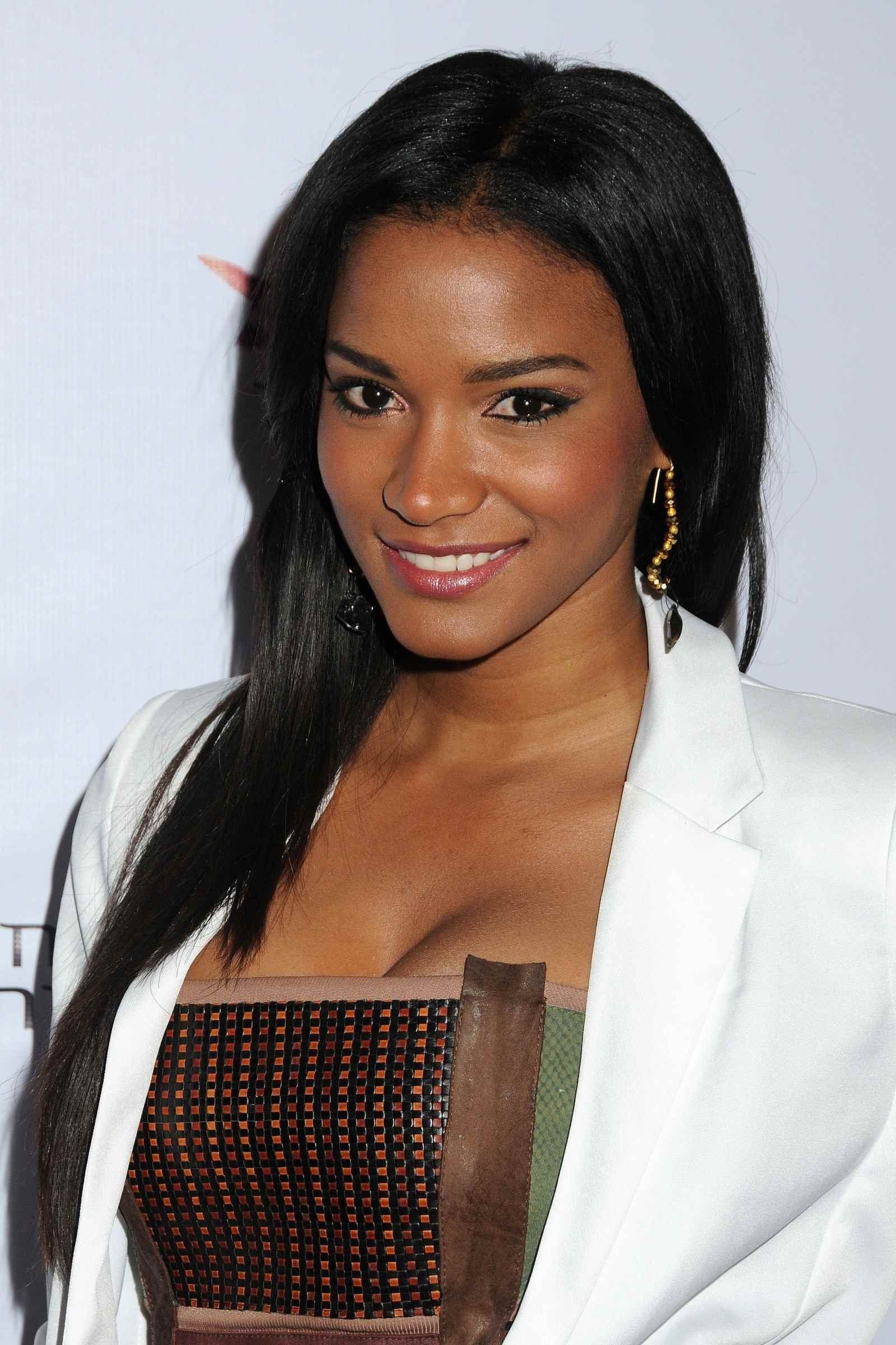 Leila Lopes | Known people - famous people news and