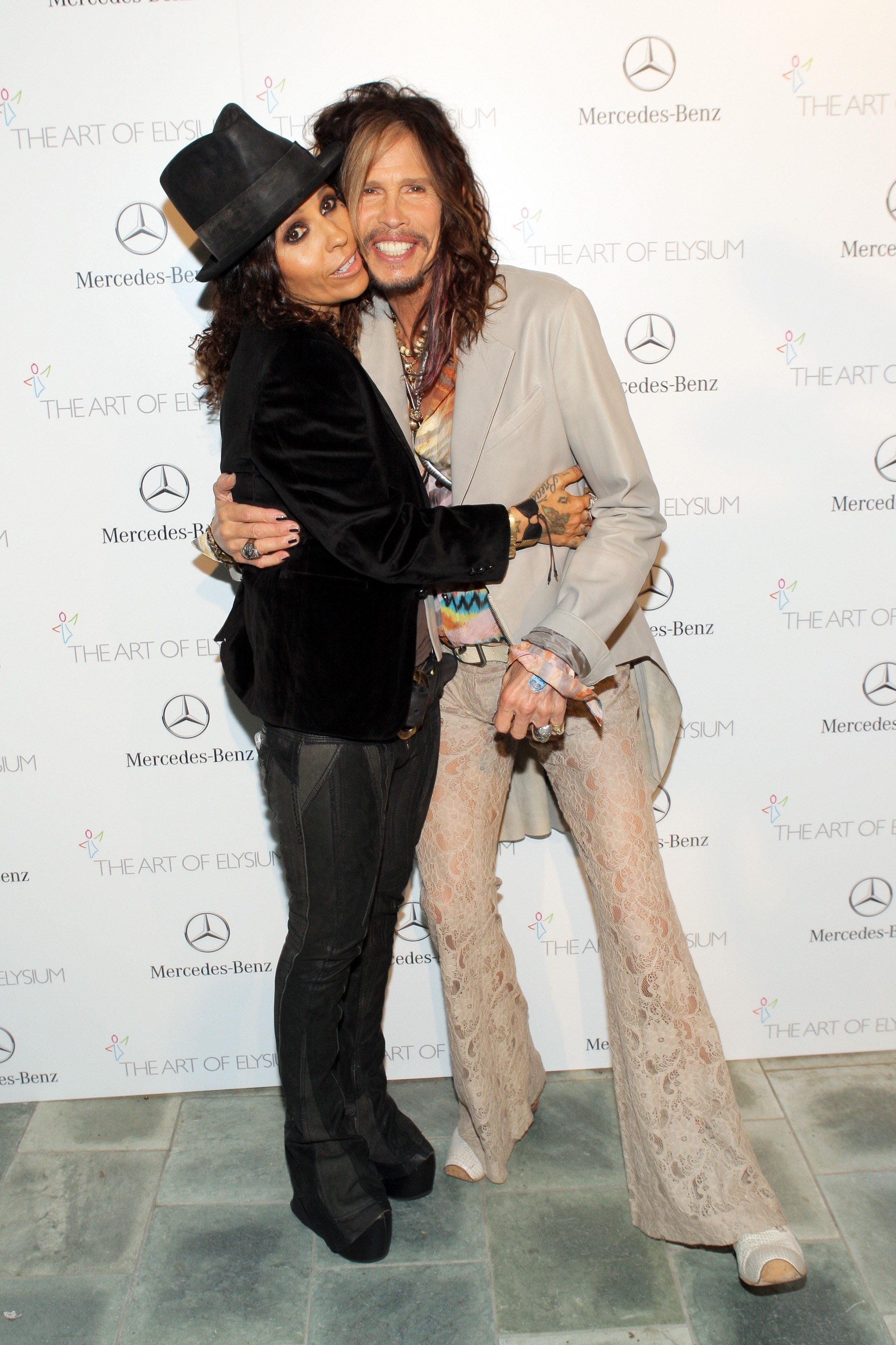Linda Perry | Known people - famous people news and ...