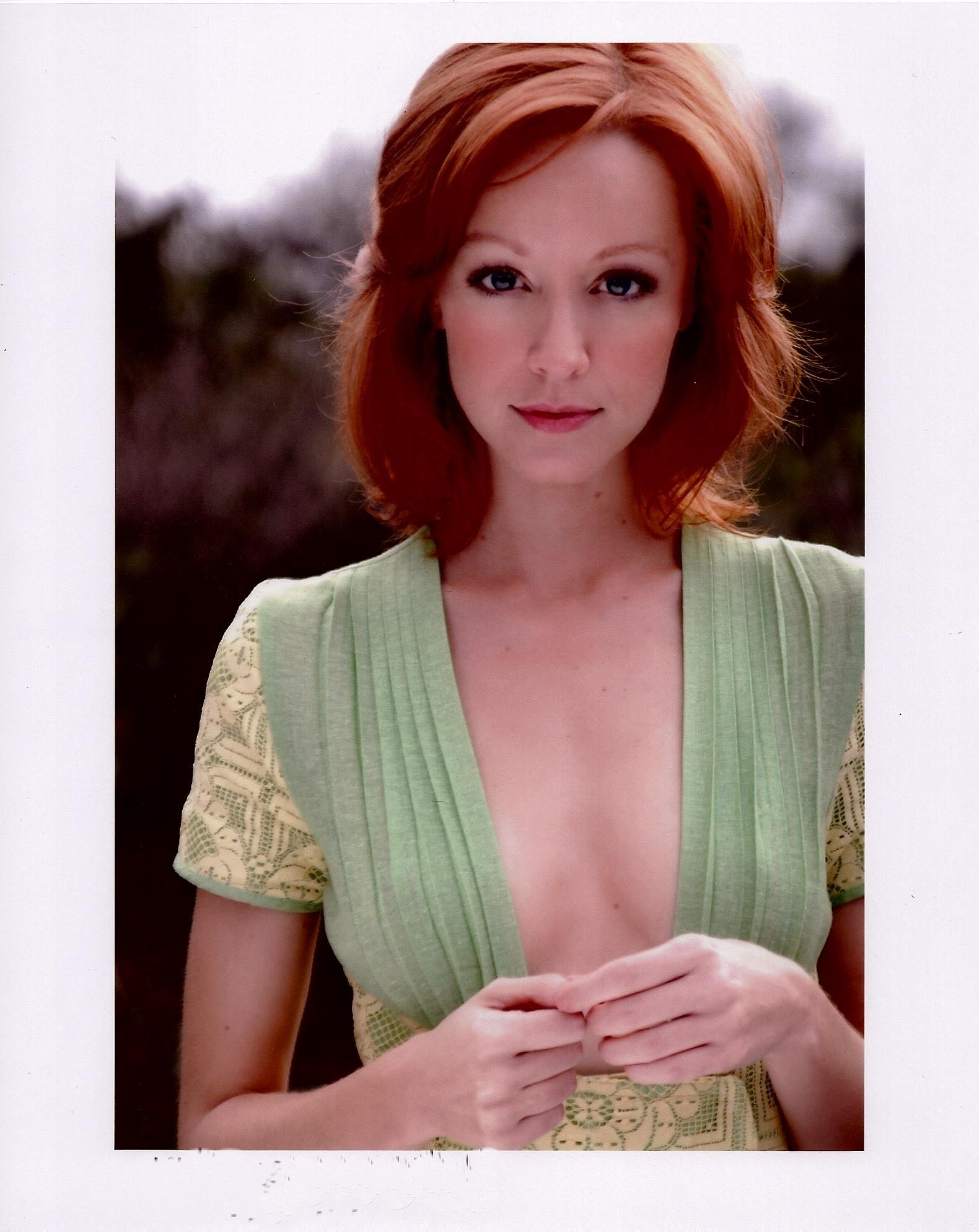 Lindy Booth actor