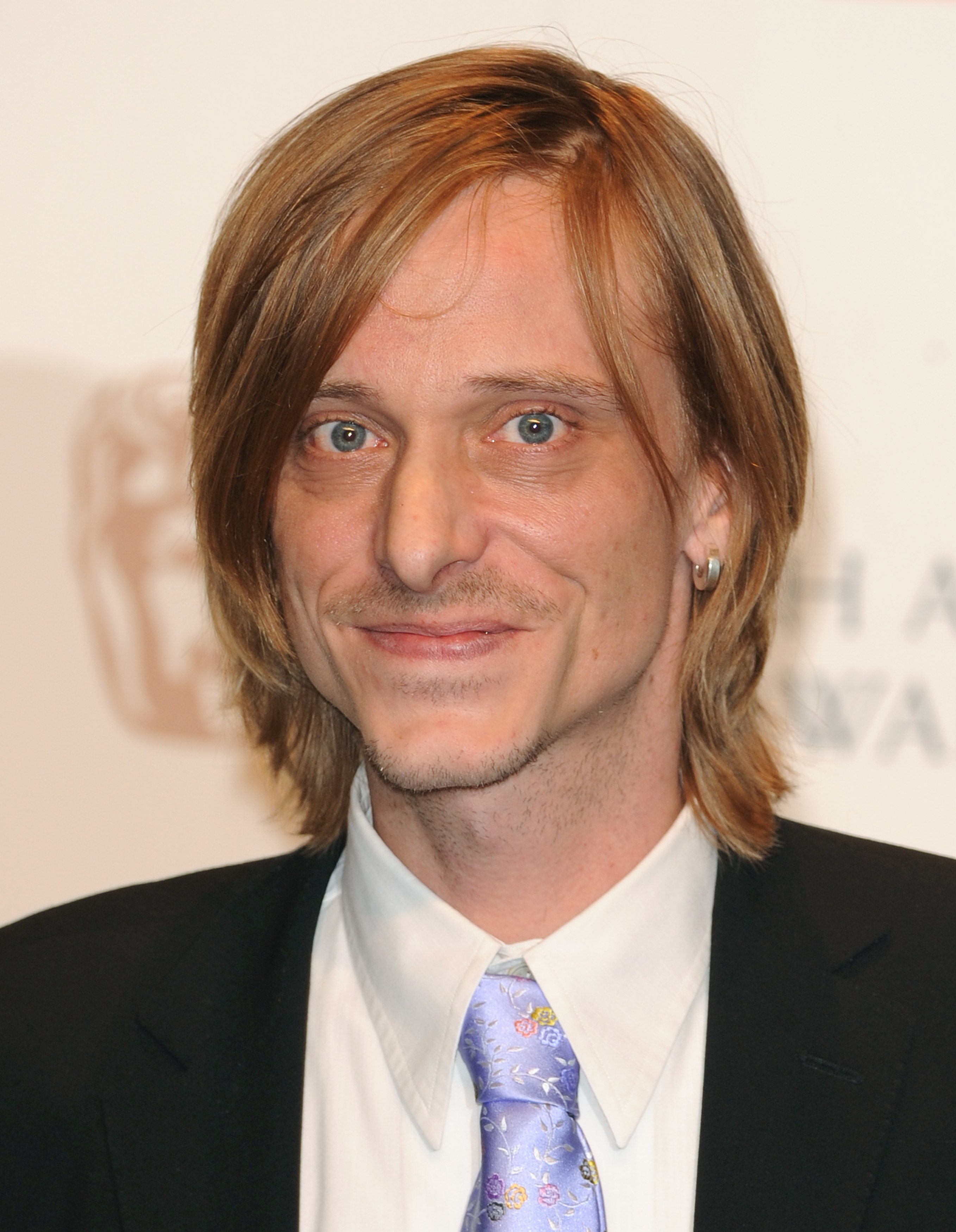 Mackenzie Crook | Know...
