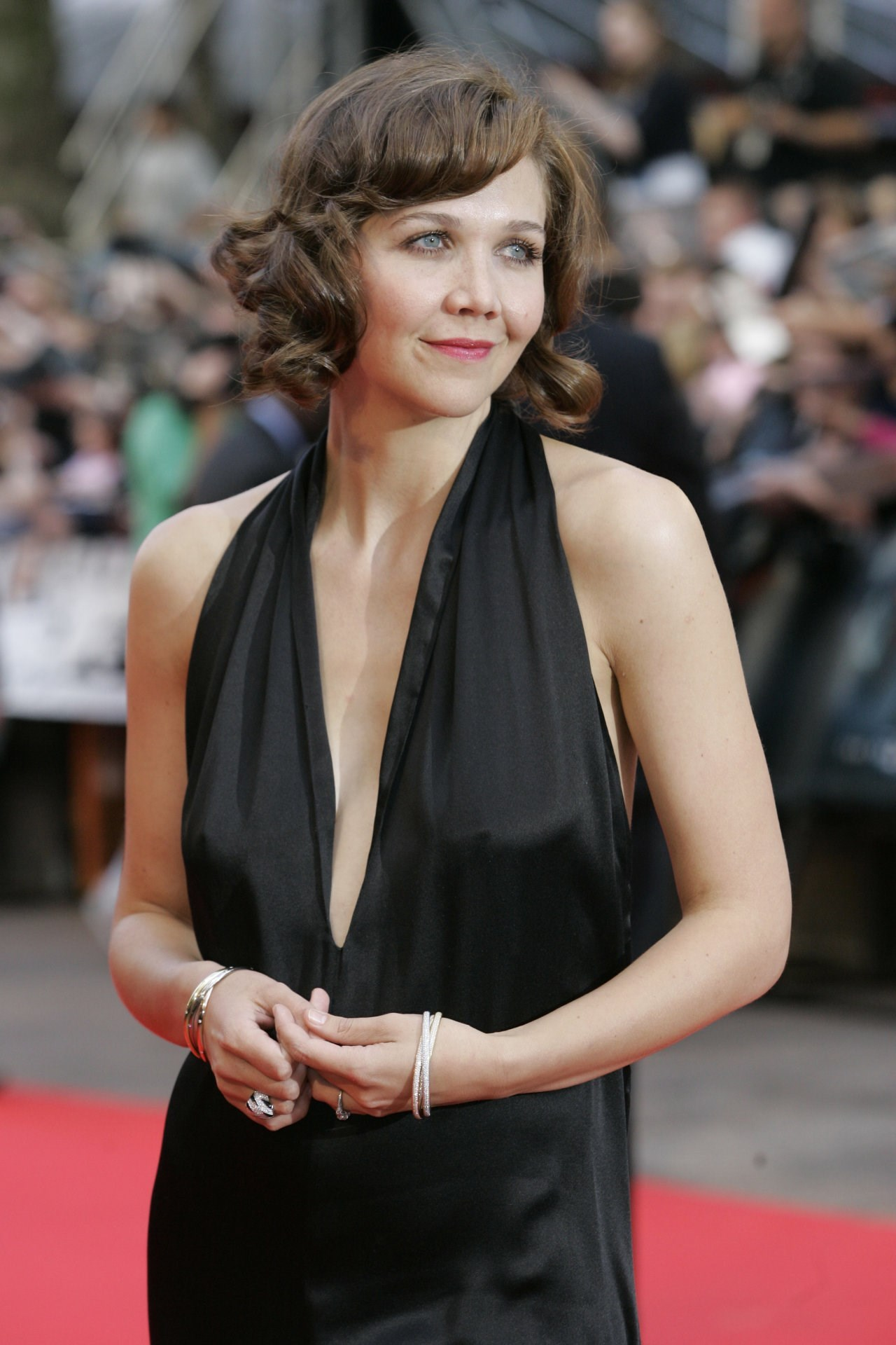Maggie Gyllenhaal | Known people - famous people news and ... Maggie Gyllenhaal