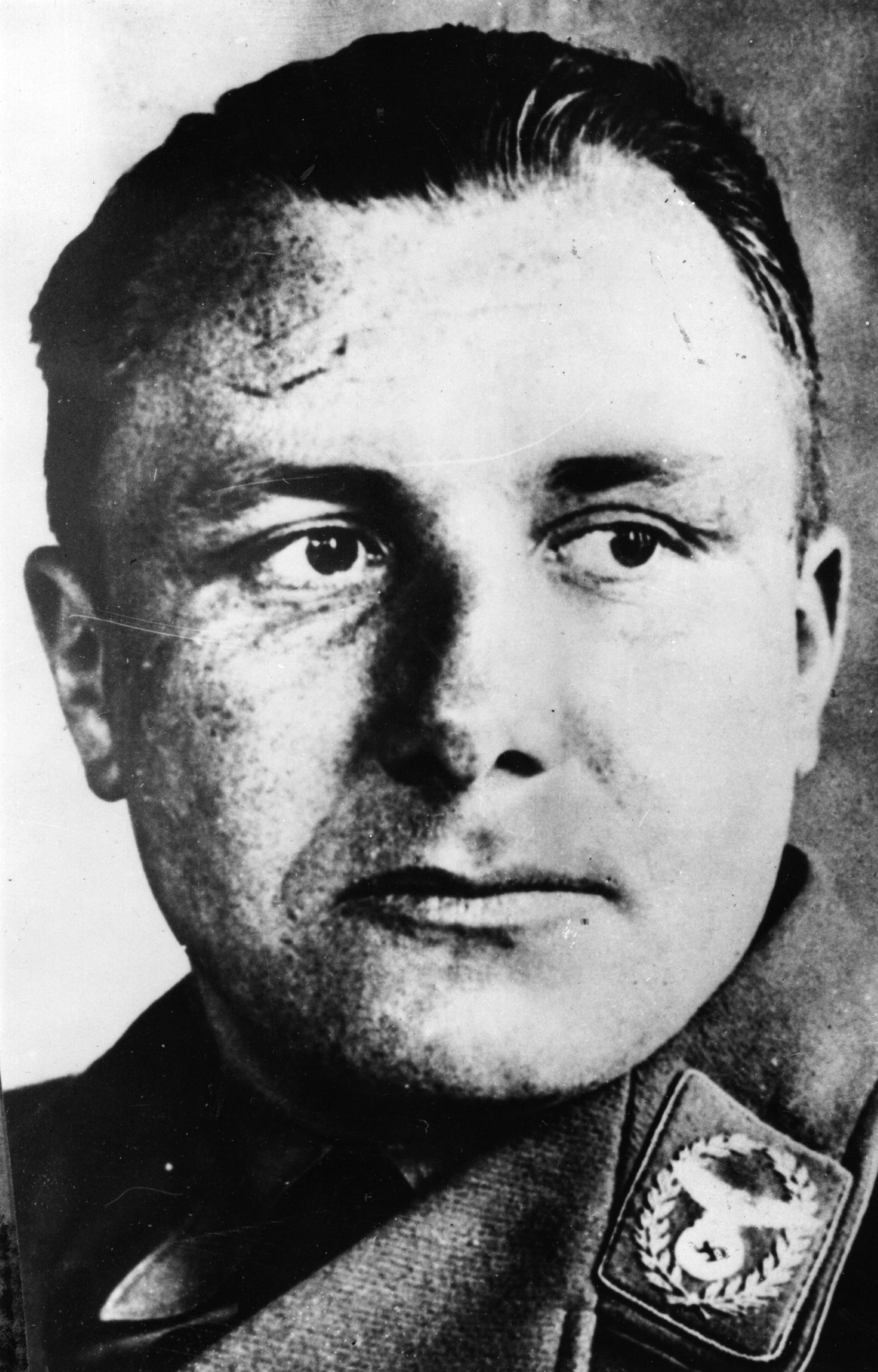 martin bormann The long search for the elusive martin bormann is over using dna analysis, german and swiss scientists have established that a skeleton dug up in berlin in 1972 is indeed bormann's.