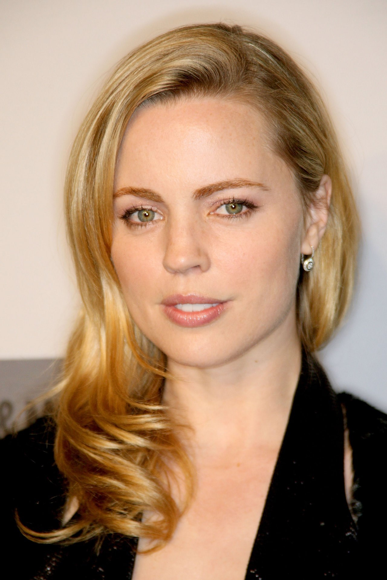 melissa george known people famous people news and biographies. Black Bedroom Furniture Sets. Home Design Ideas