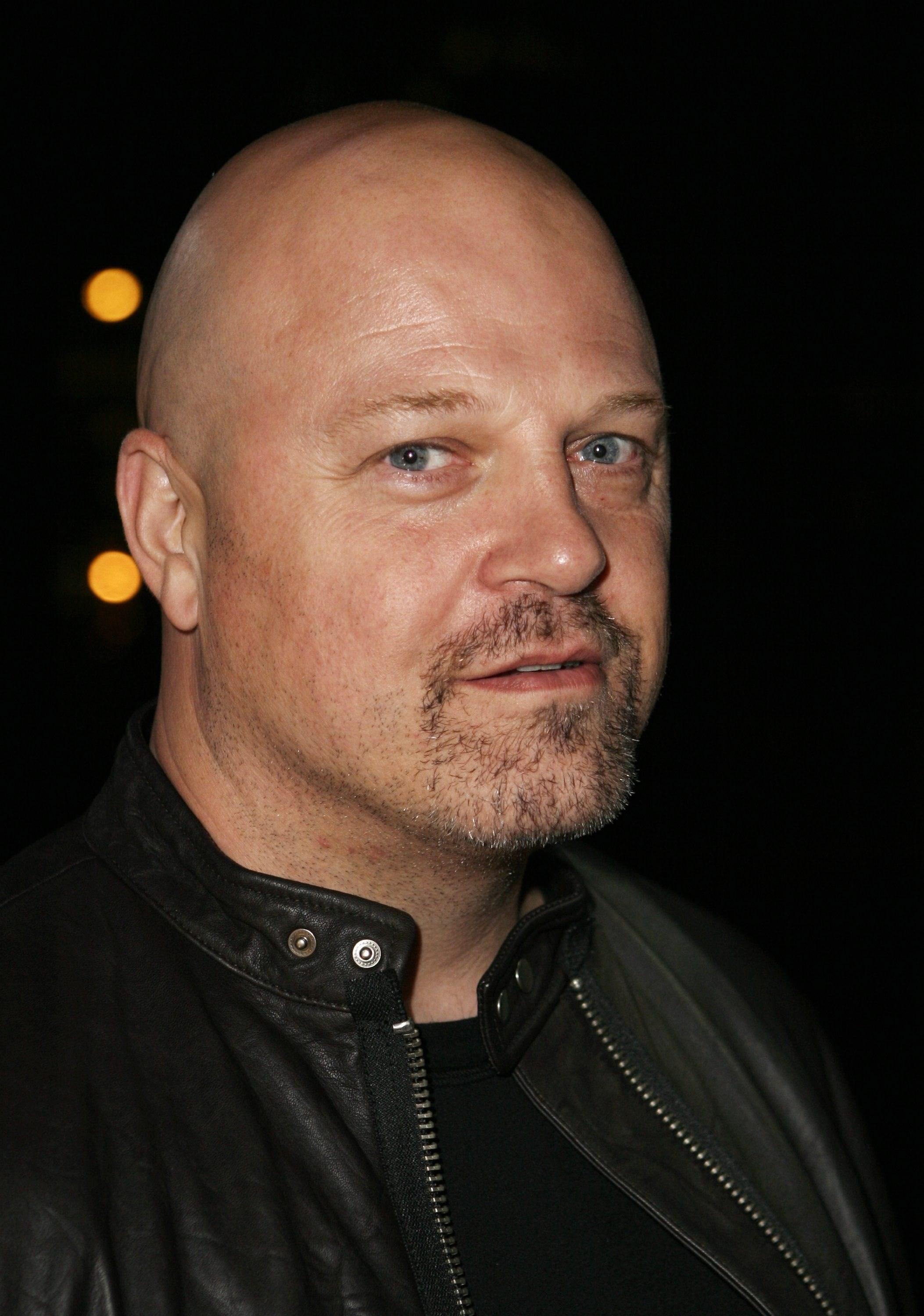 Michael Chiklis | Known people - famous people news and ...
