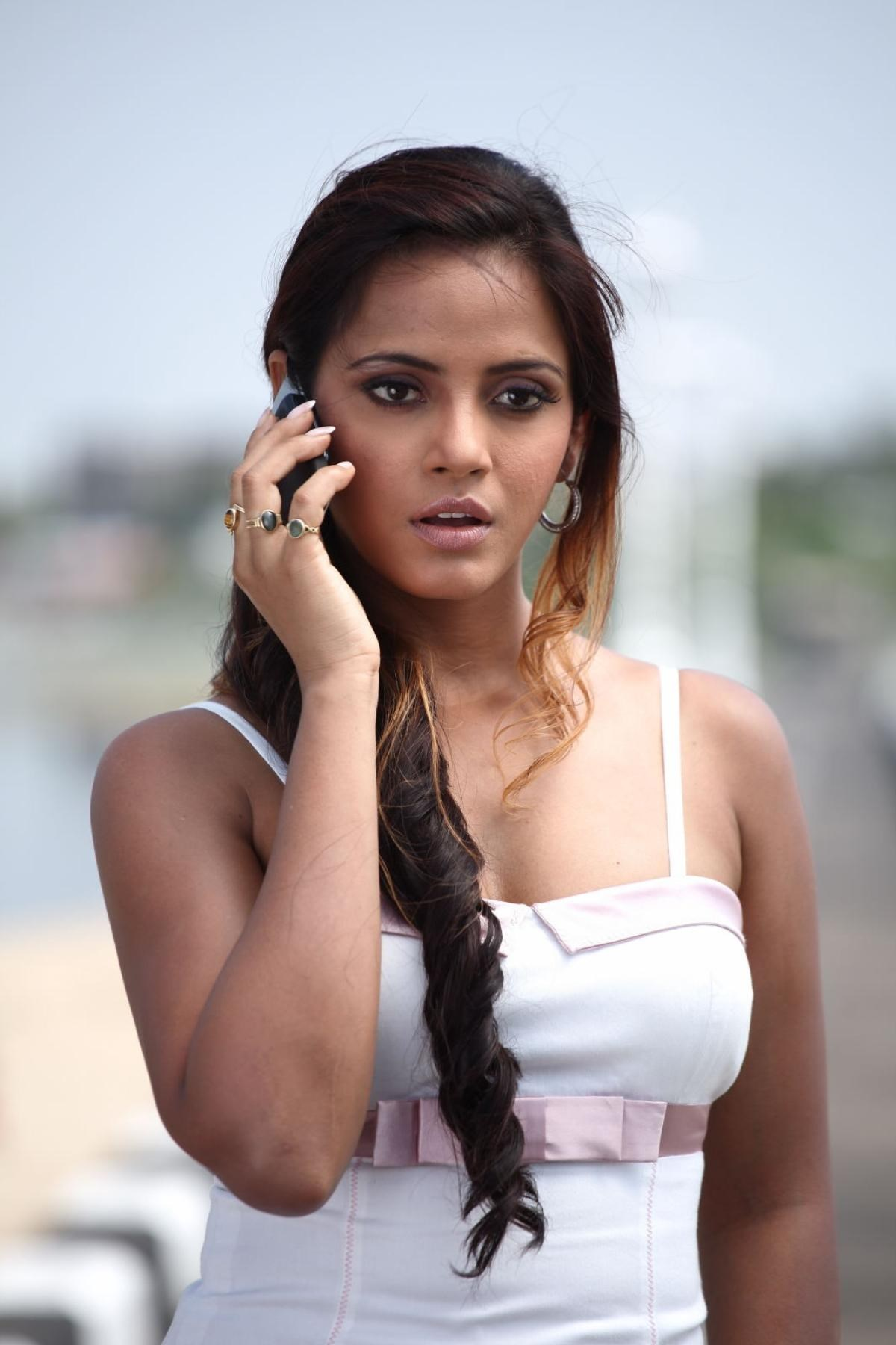 Neetu Chandra Nude Photos 67