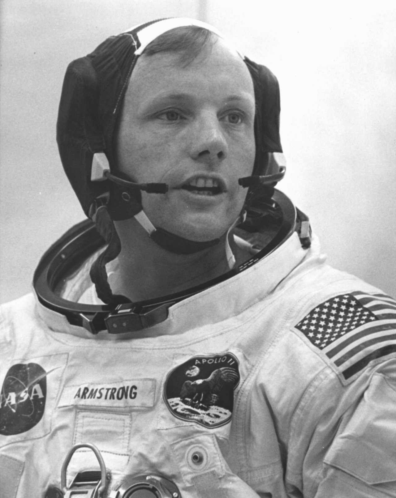 chairman neil armstrong - photo #33