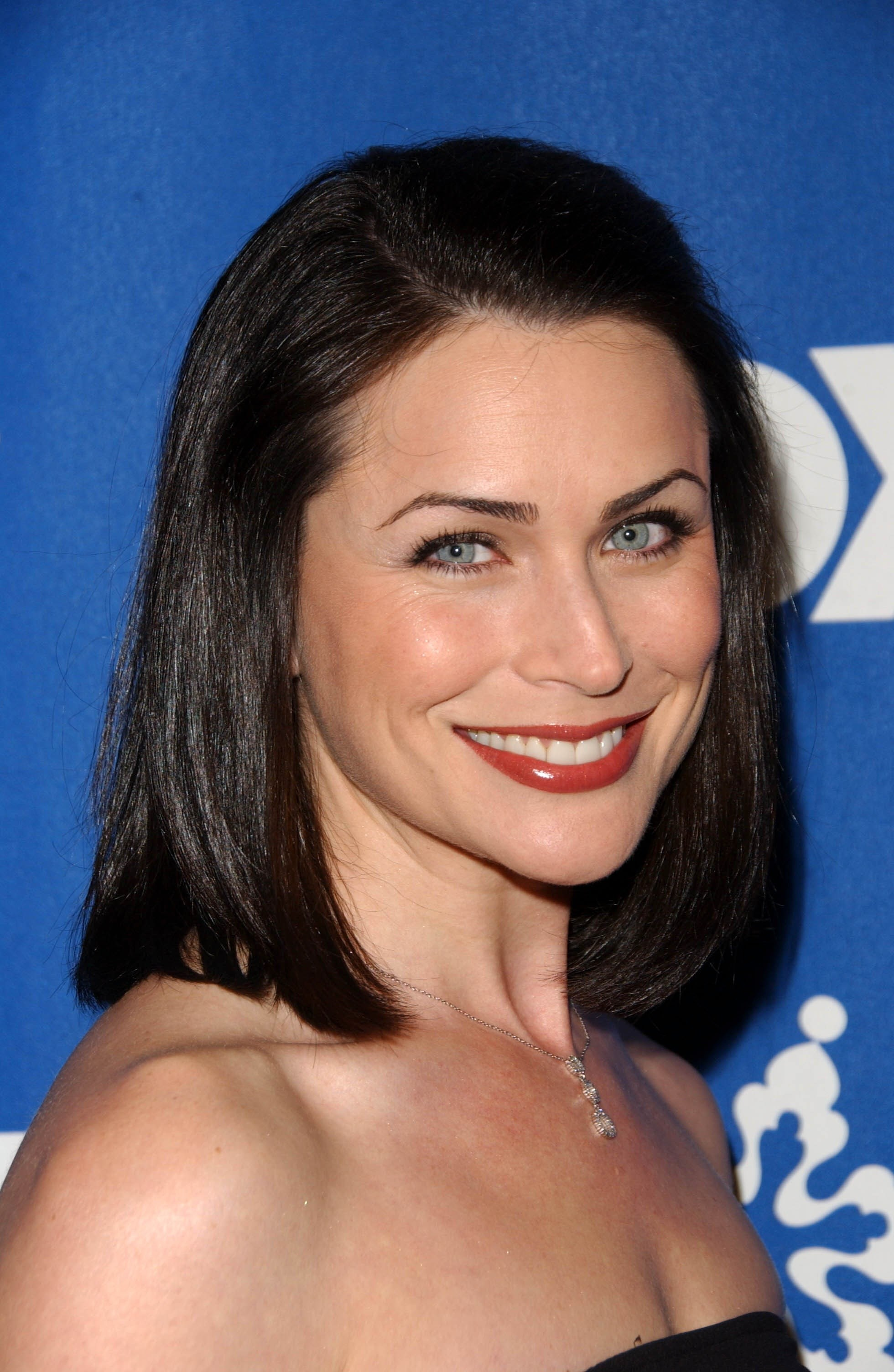 Rena Sofer Nude Photos 32
